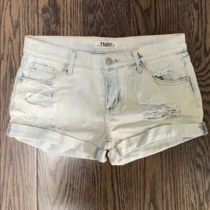 Aritzia TNA acid wash denim shorts